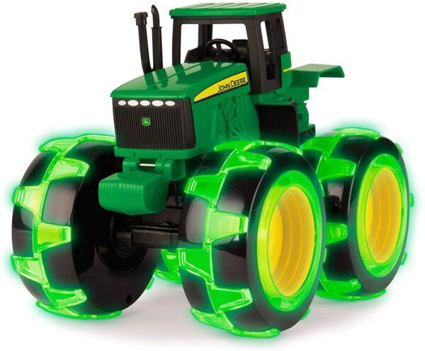 Lightning Wheels Tractor Green